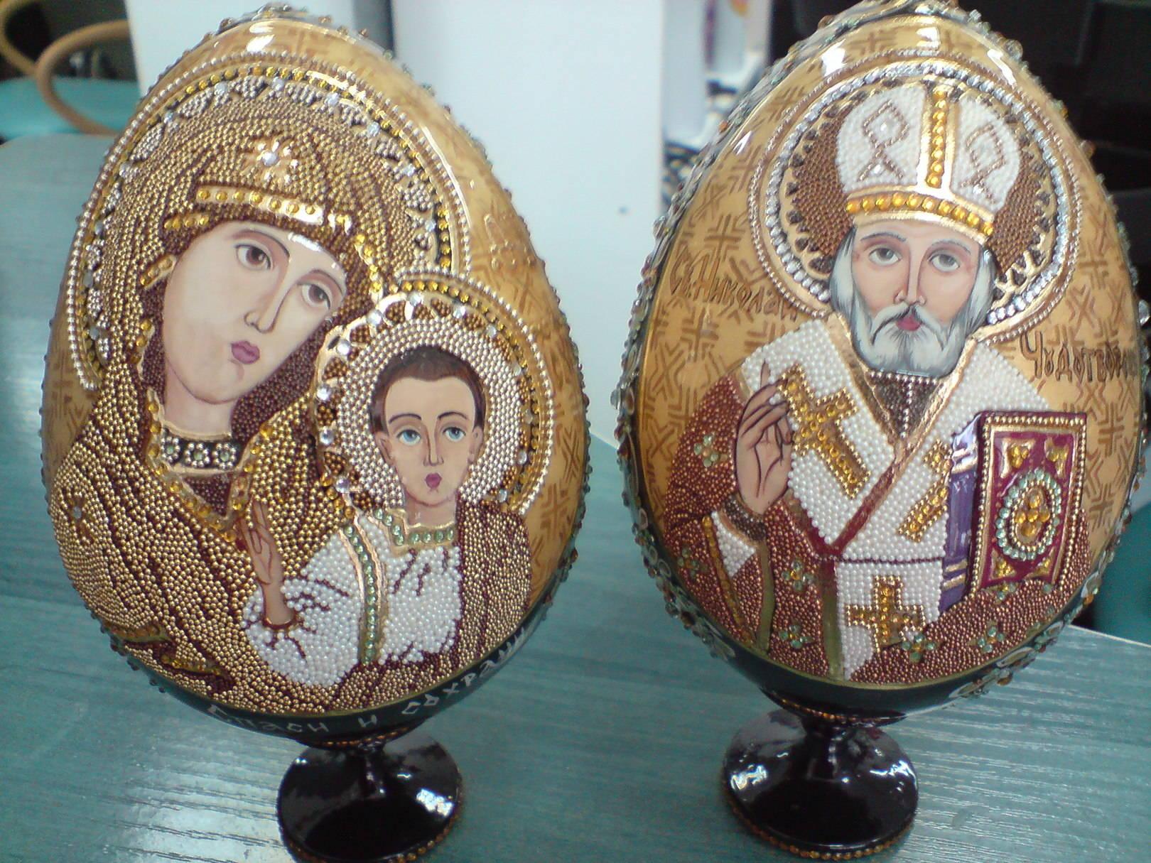 Распинывают яйца порно 8 фотография