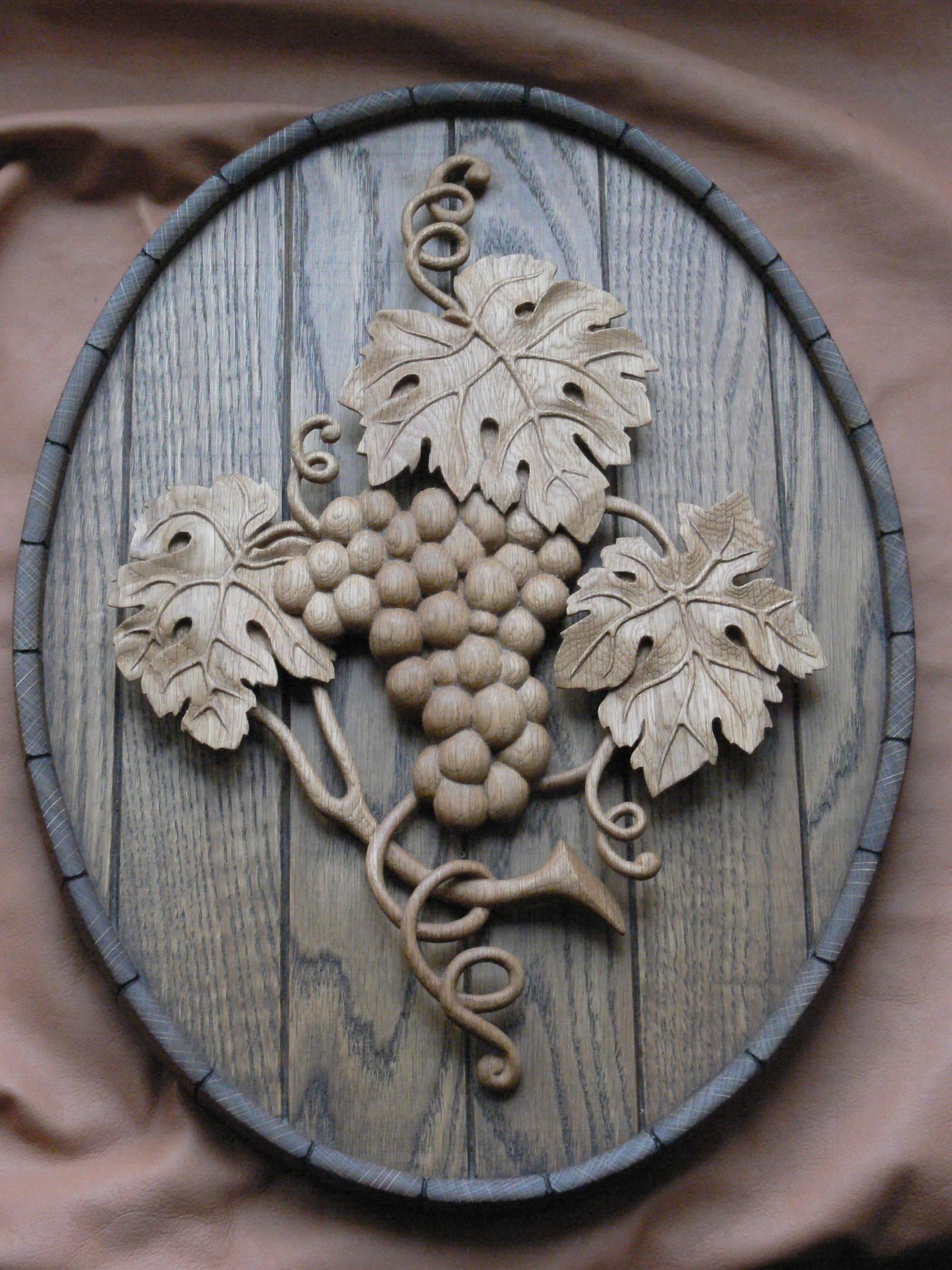 Как вырезать виноградную лозу из дерева своими руками