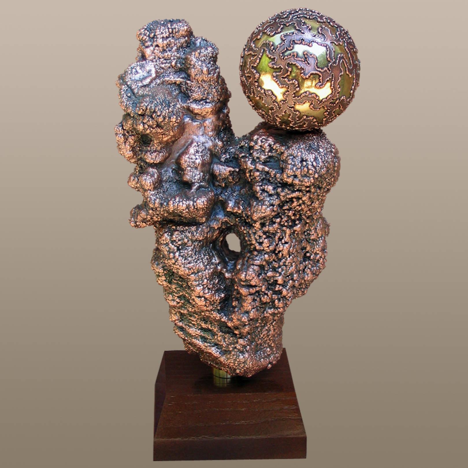 «Рождение нового дня»   (медь, латунь, дуб)  40х12х20 см