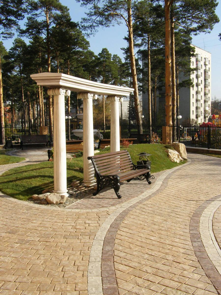 Колонны и фонтан Columns and Fountain