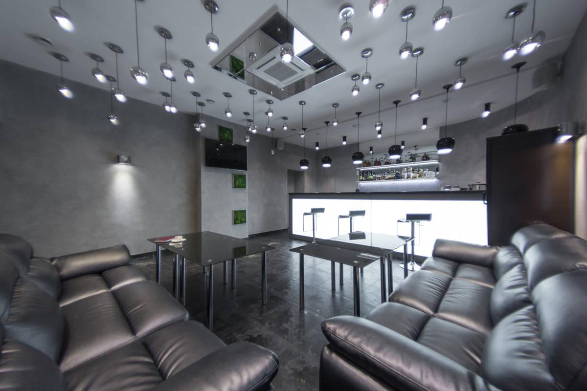LYNX CLUB Business & Beauty BAR