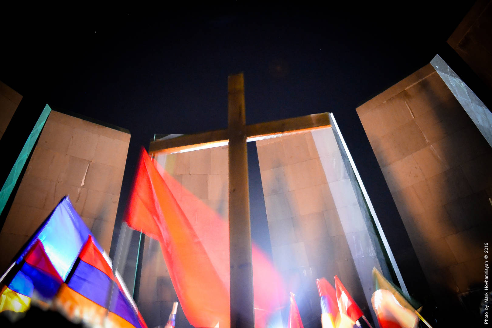 Sacra Armenia: Tsitsernakaberd