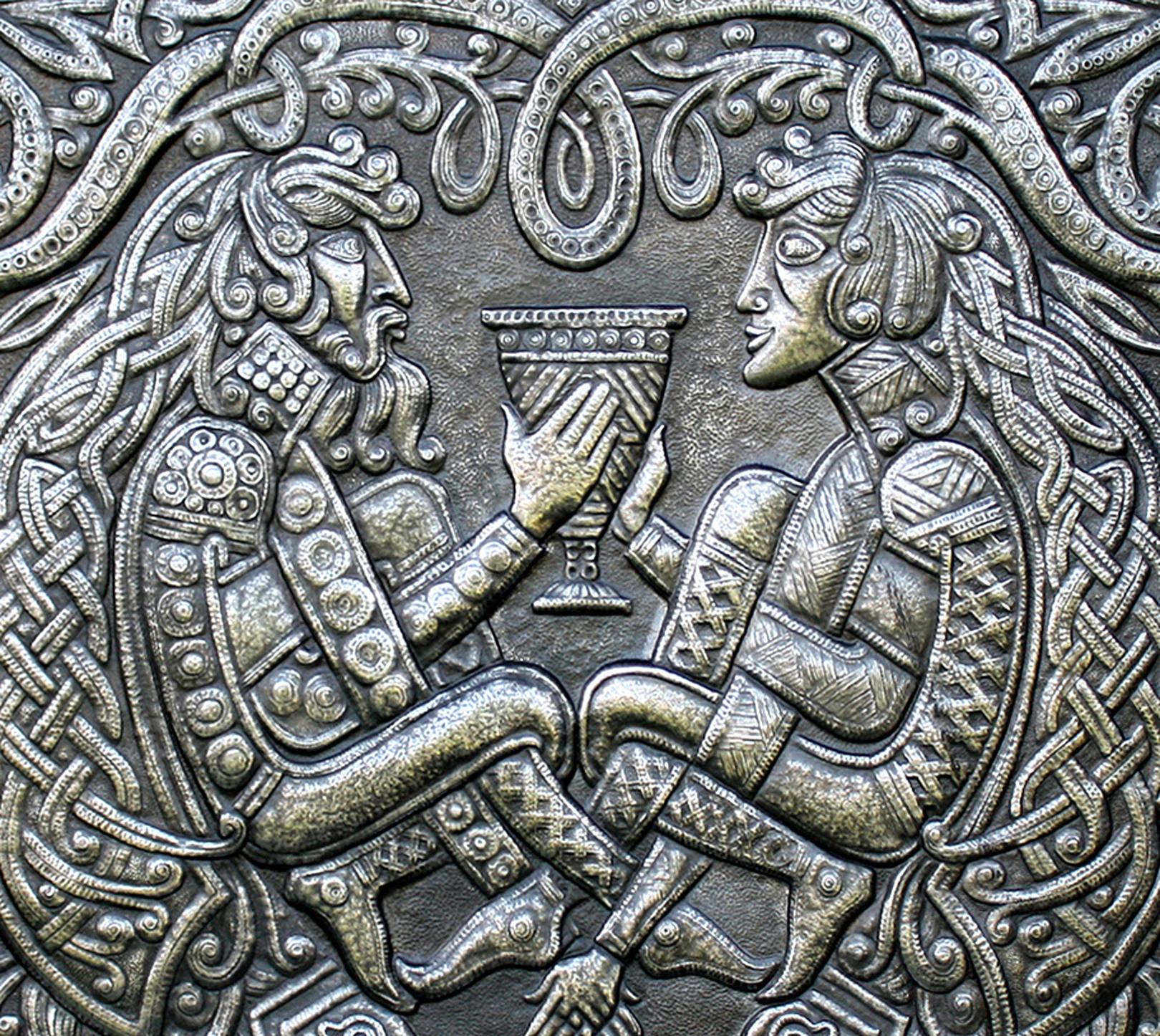 Чеканка. Кельтские мотивы.