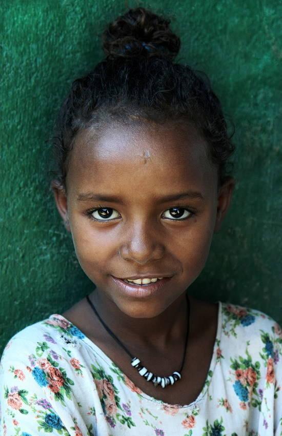 Девочка из племени Афар проживающих на севере Эфиопии
