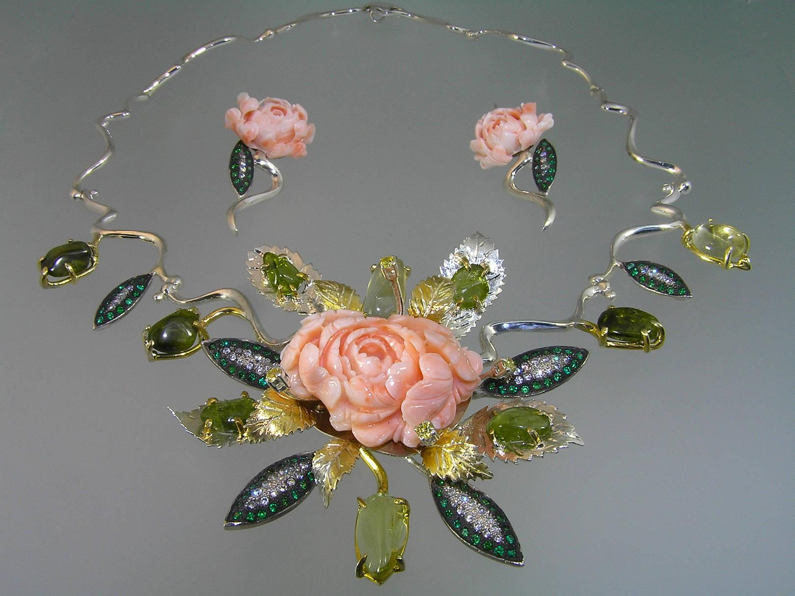 """Гарнитур """"Розовые мечты"""". Серебро, коралл, хризолит, цитрин, цирконы, авторская техника."""