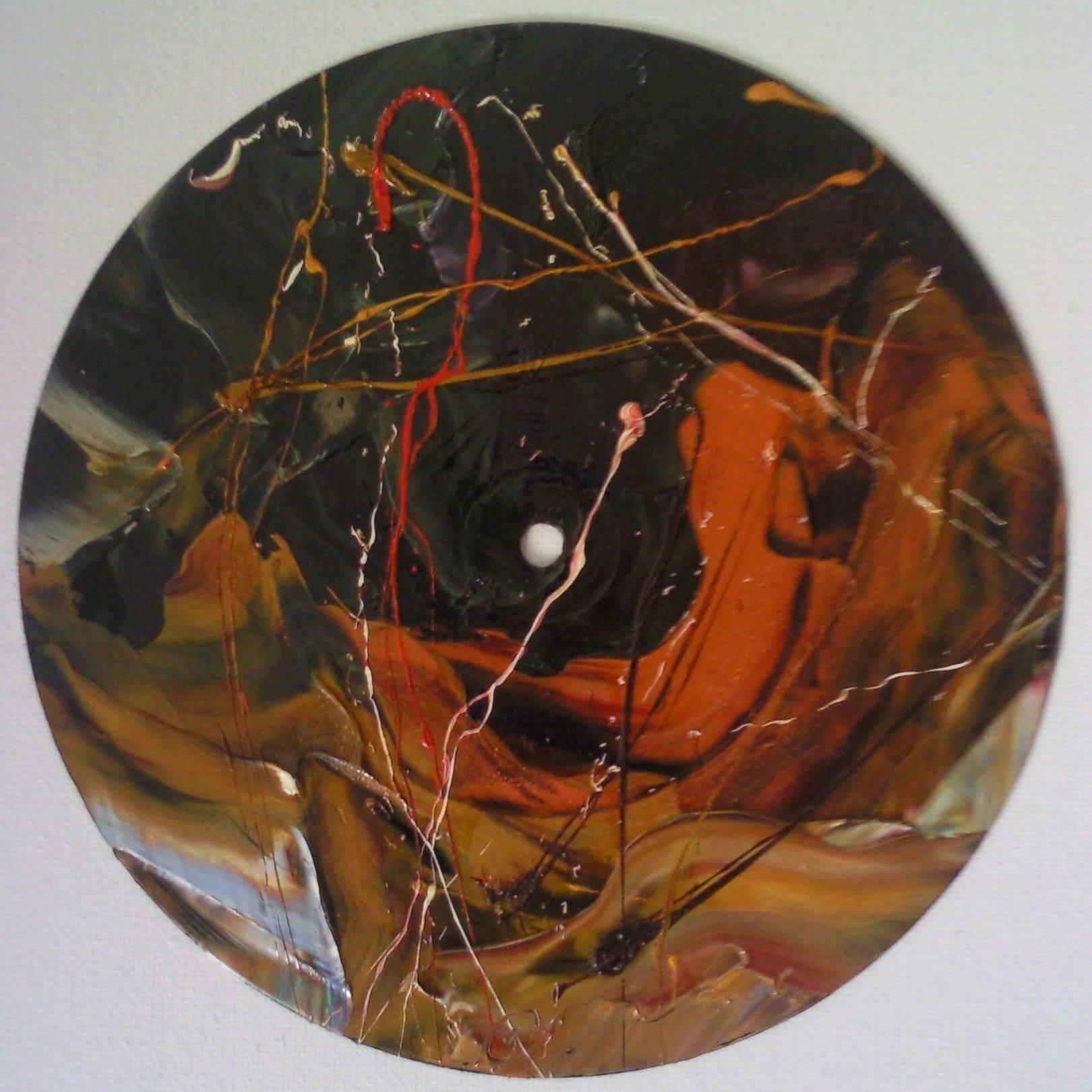 «Музыкальная вариация»    винил, масло «Musical variation»                 vinyl record, oil                                                   d 25,  2014