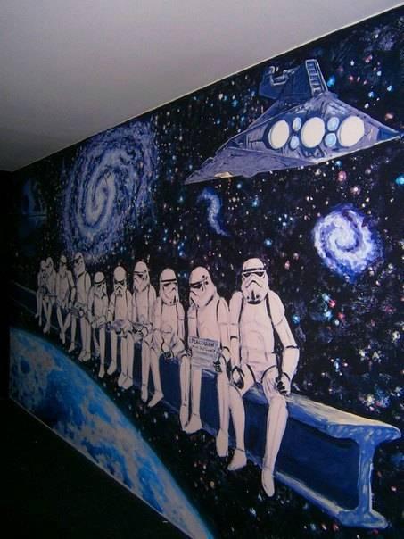Роспись стен в кинотеатре