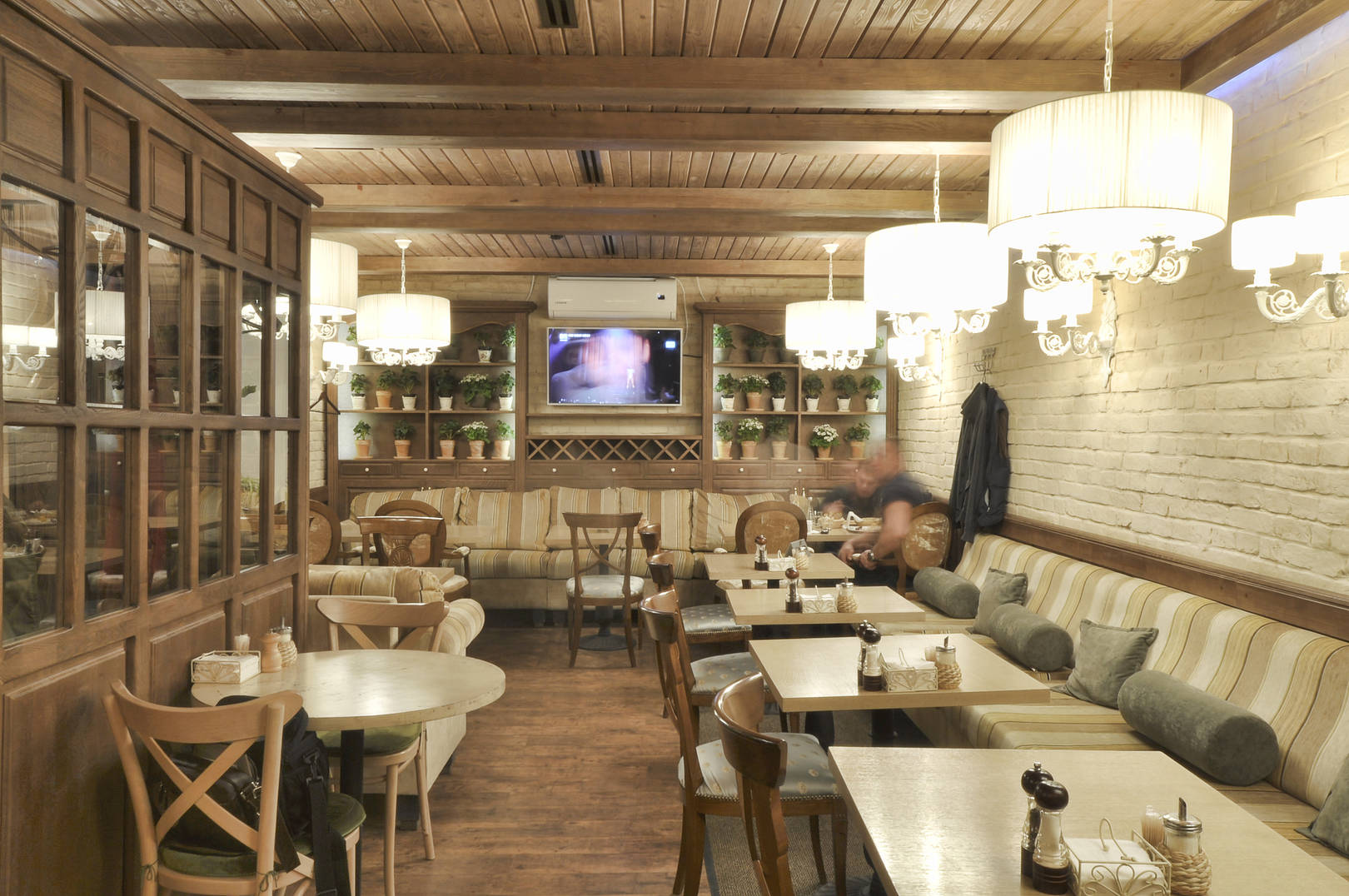 Rustic style cafe NAUTILUS - interior cozy cafe-bar in the city of Perm, the redesign is completed interior design studio ALLARTSDESIGN, designer Saranin Artemy.