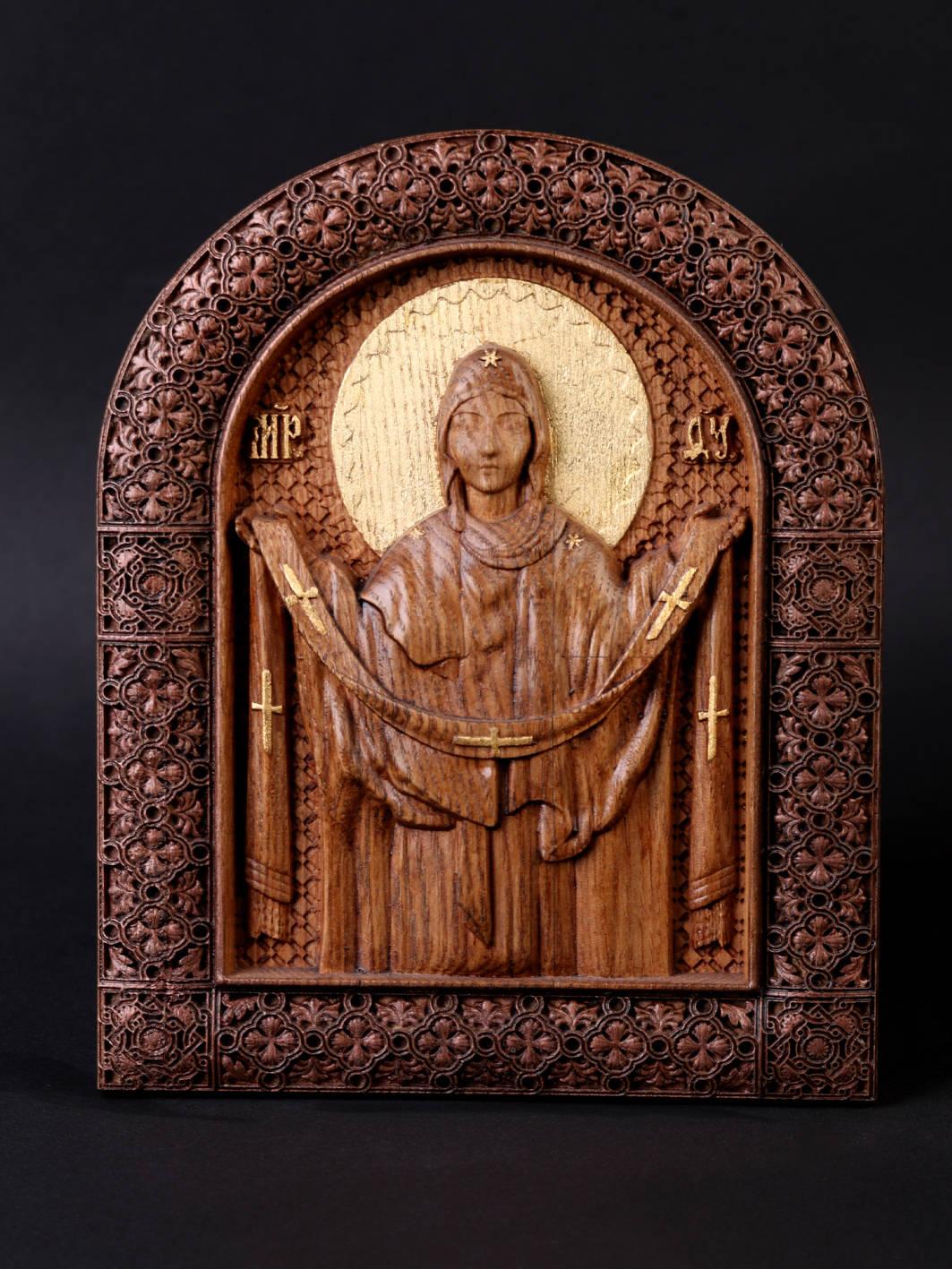 Покрова Богородица. Материал дерево ясень Сусальное золото,воски. Размер 18х19 см