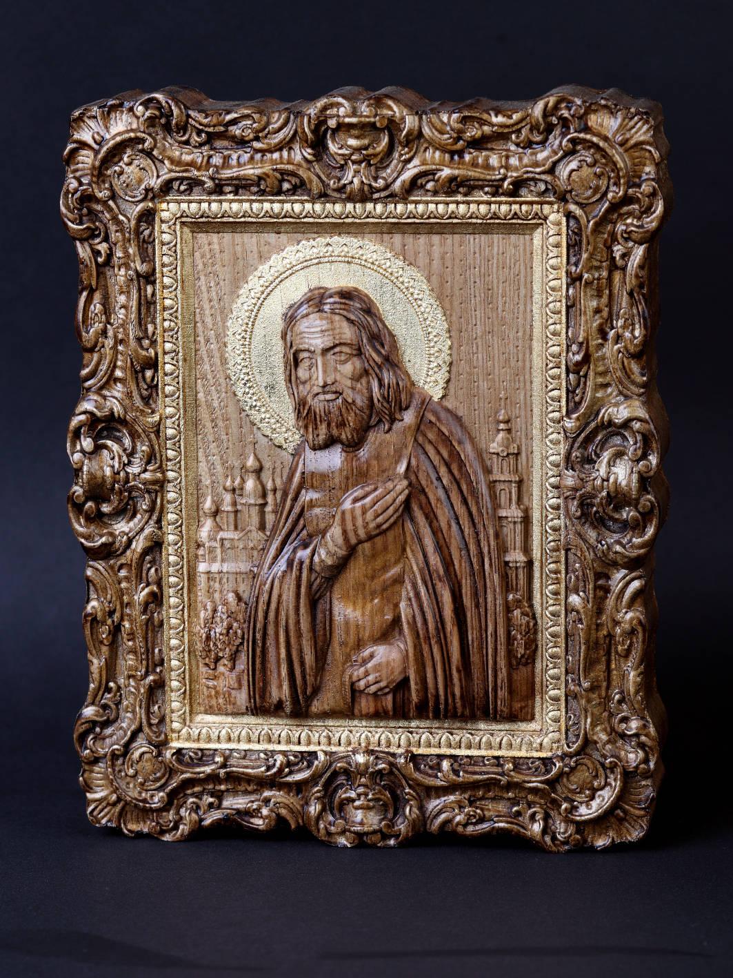 Св.Серафим Саровский . Материал дерево ясень Сусальное золото,воски. Размер 18х19 см