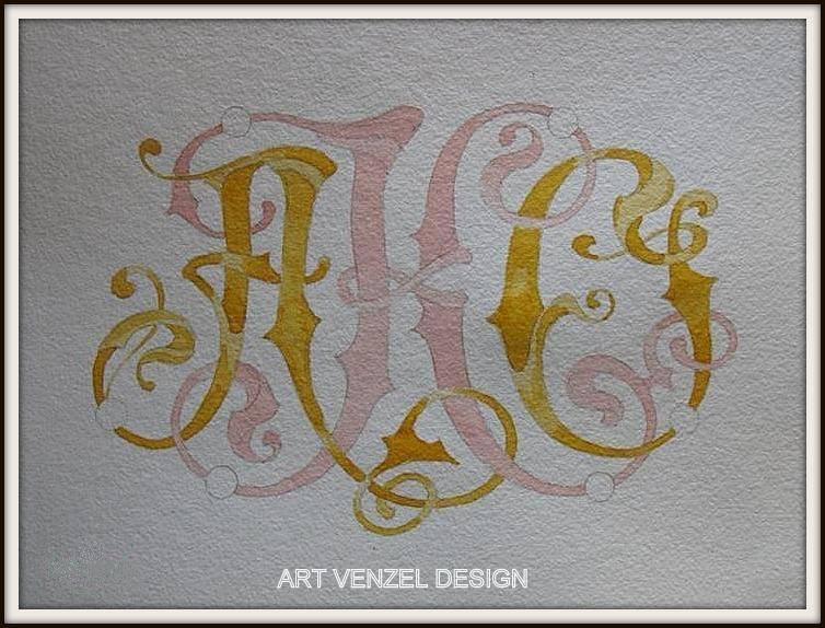Добавляем контрастности и насыщенности в золотисто-медовых элементах дополнительными слоями.