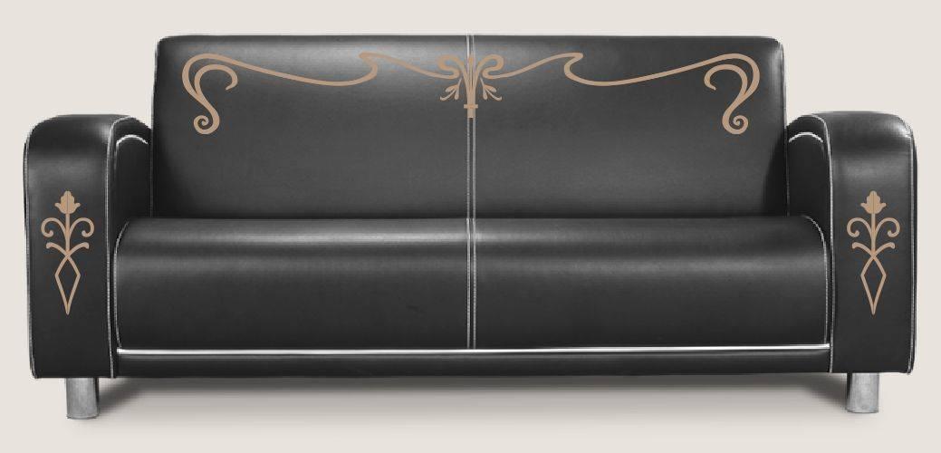 Достаточно всего-лишь нескольких штрихов, и мебель приобретает оригинальный роскошный вид.