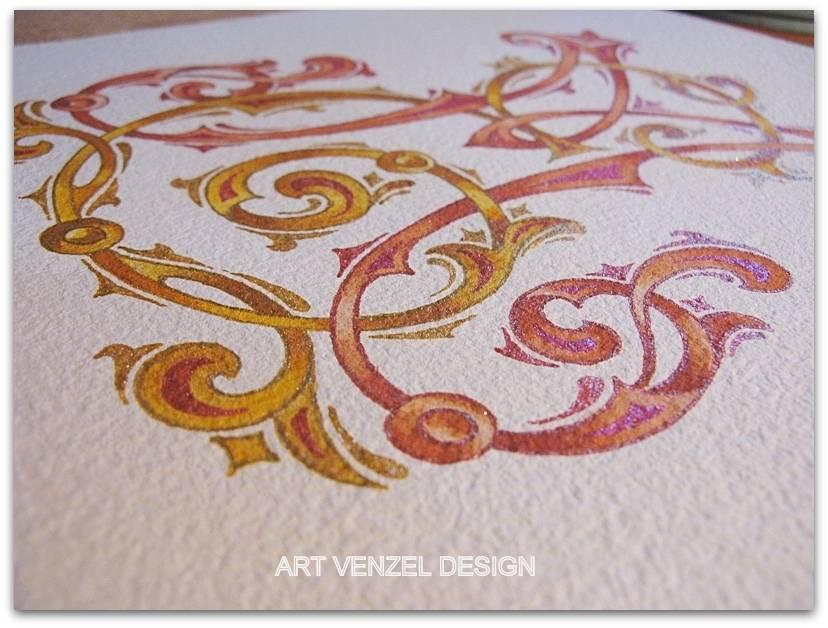 Добавляем античного золота и декора вокруг буквиц.