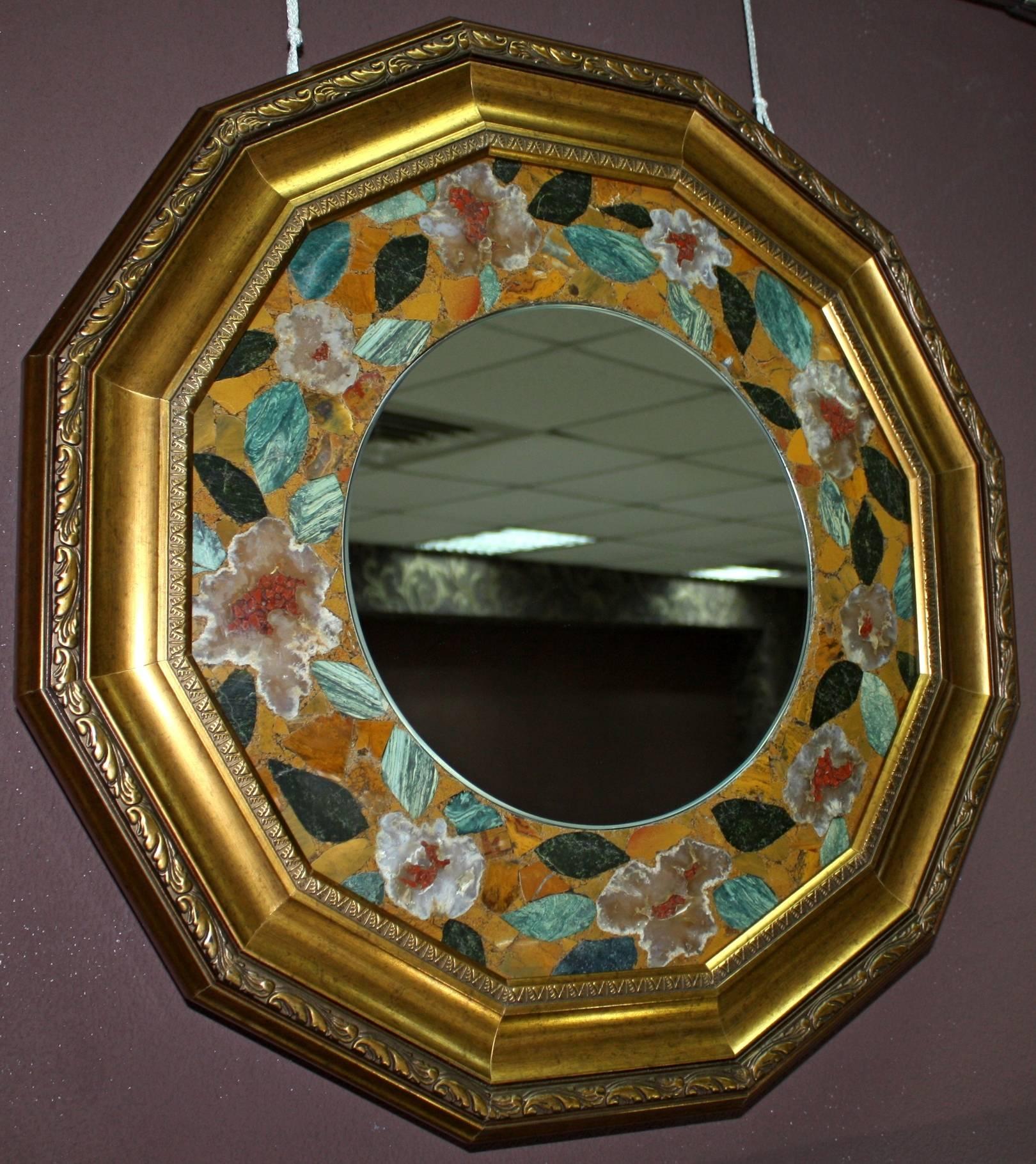 Зеркало из камня