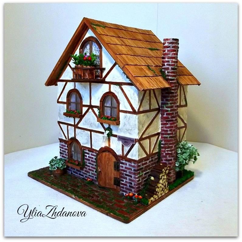 Миниатюрный, фахверковый домик