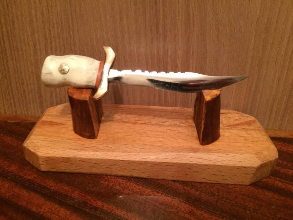 Мини-нож.