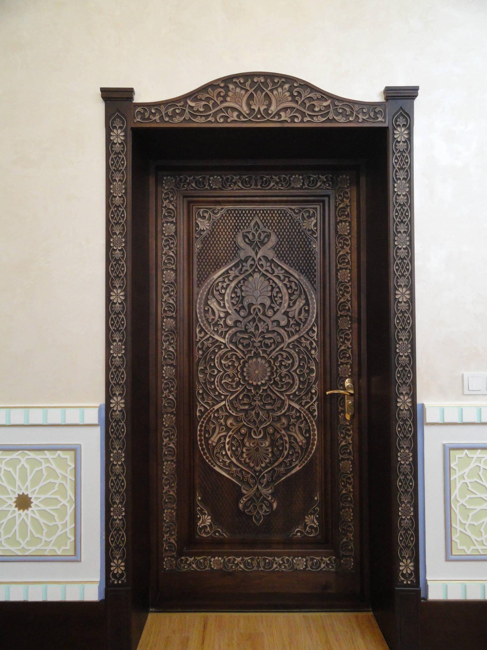 Офисный дверь