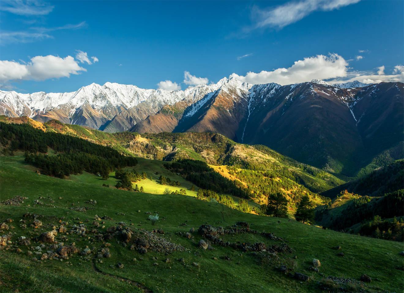 По Кавказу