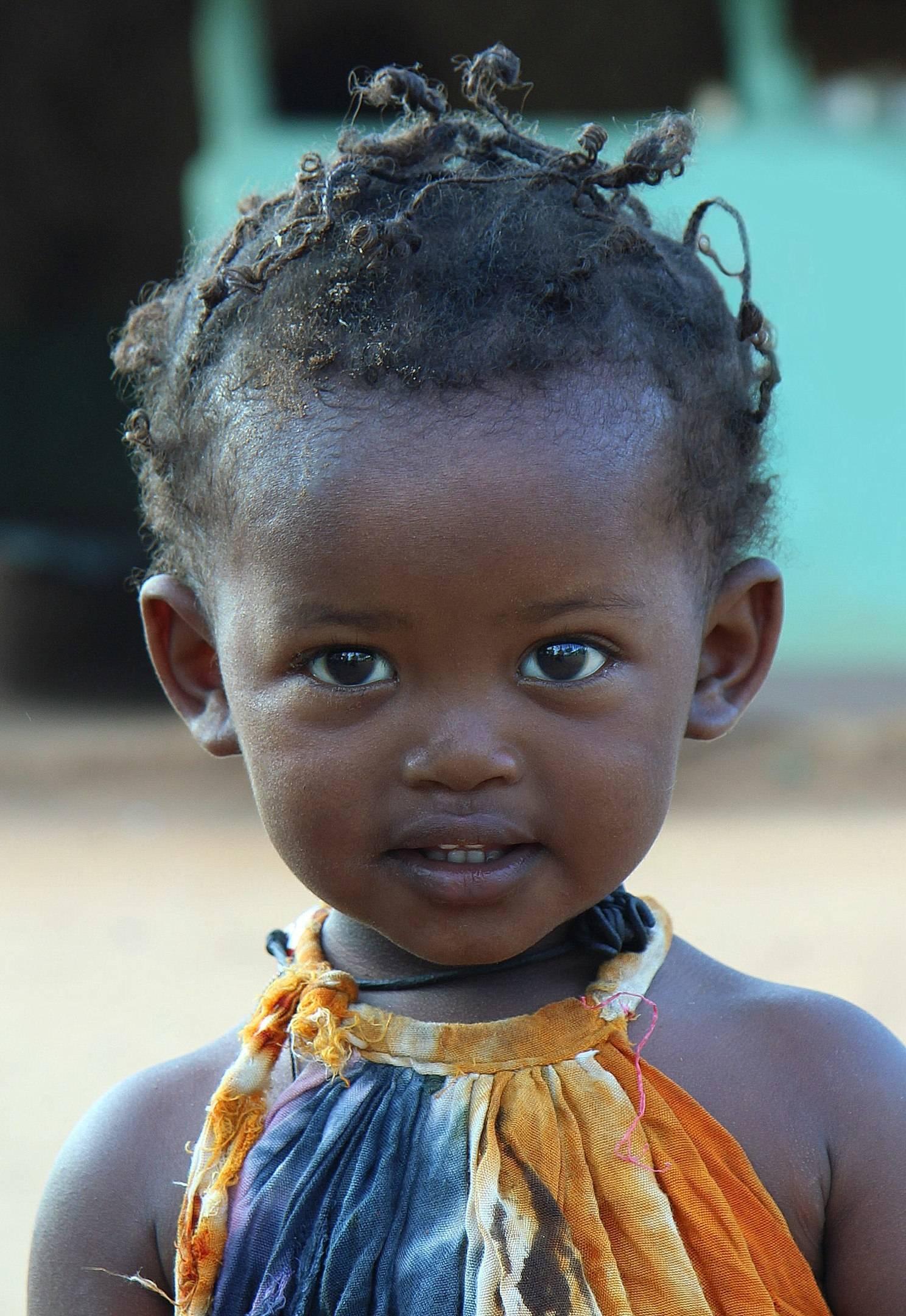 Девочка из Турми (Эфиопия).