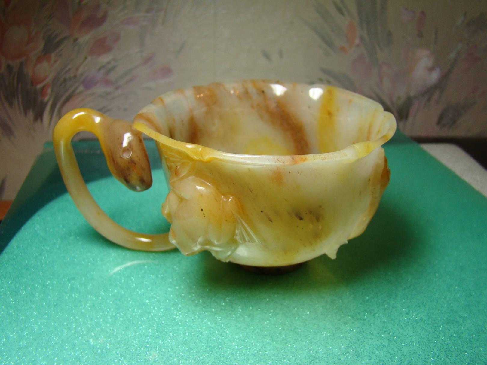 """""""Чашка"""". Белореченский кварцит."""