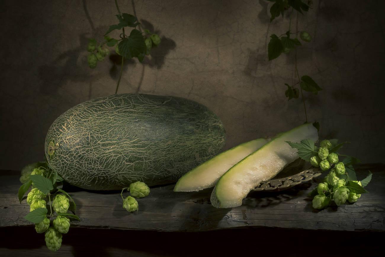 С зеленой узбекской дыней и хмелем