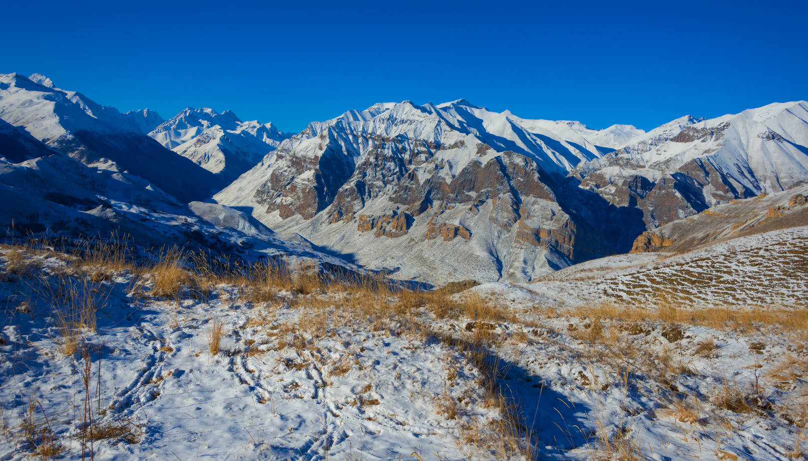Графика зимних гор