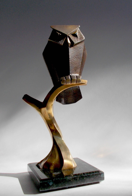 """""""Филин""""  25.5х12х12 см, 2019 г.  литьё: Алексей Швайков фигура - бронза, подставка - гранит."""