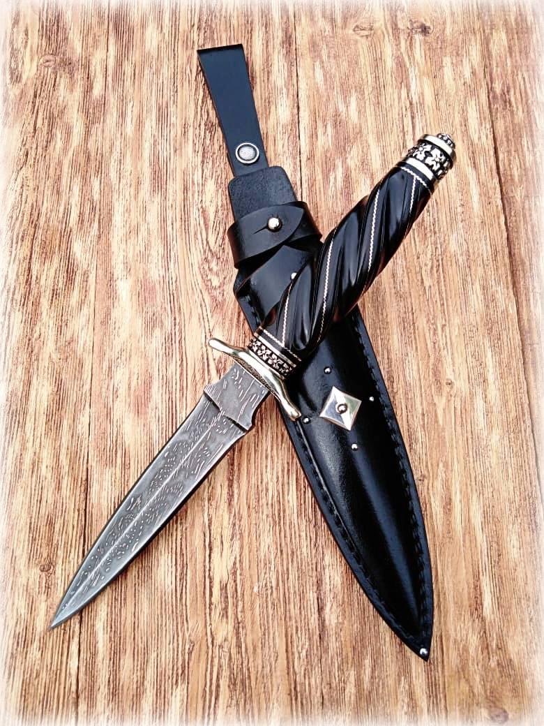 """Нож - """"Рыцарь чести""""."""