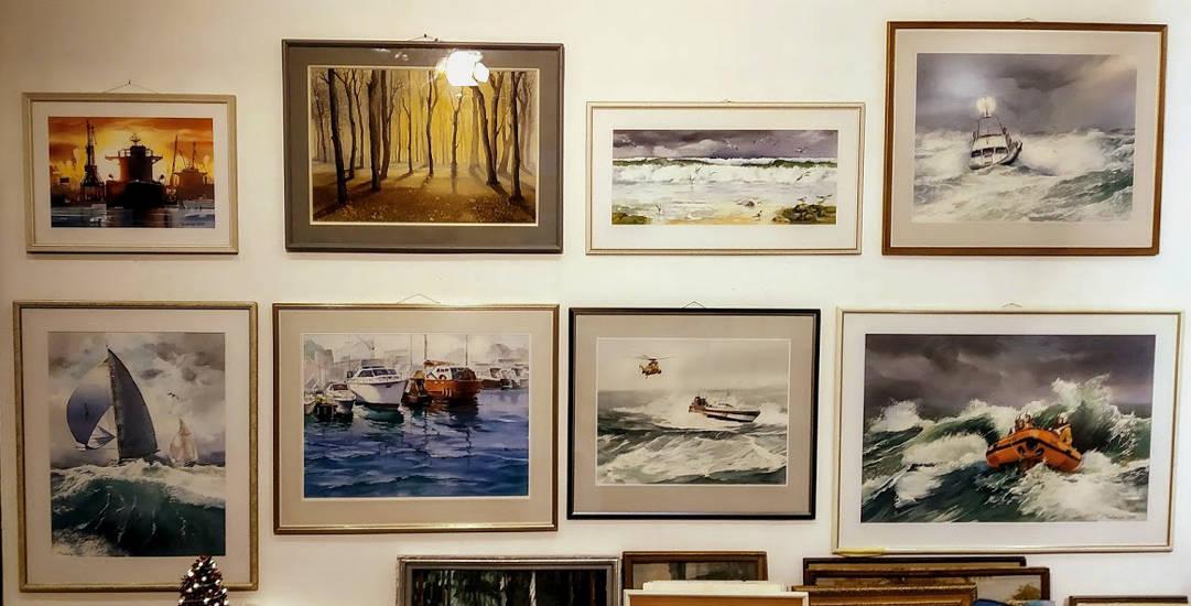 Раздел акварели участвовавших на Международных выставках и Биеннале морского пейзажа.