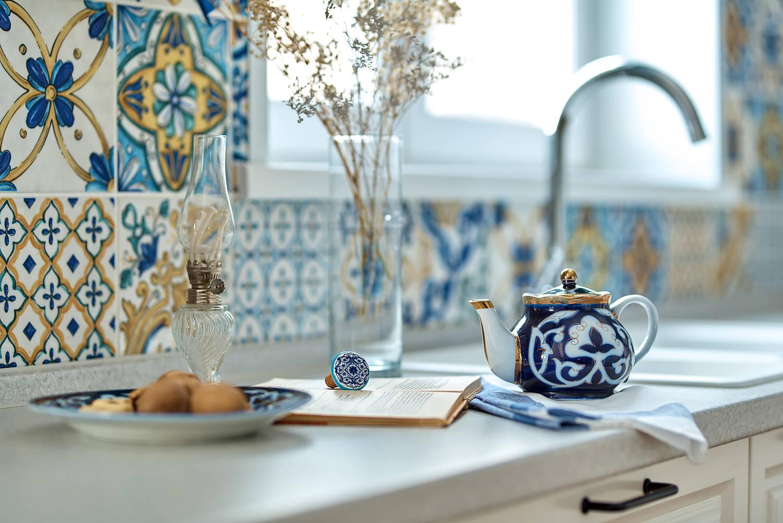 """Кухня в жилом доме """"Blue island"""""""