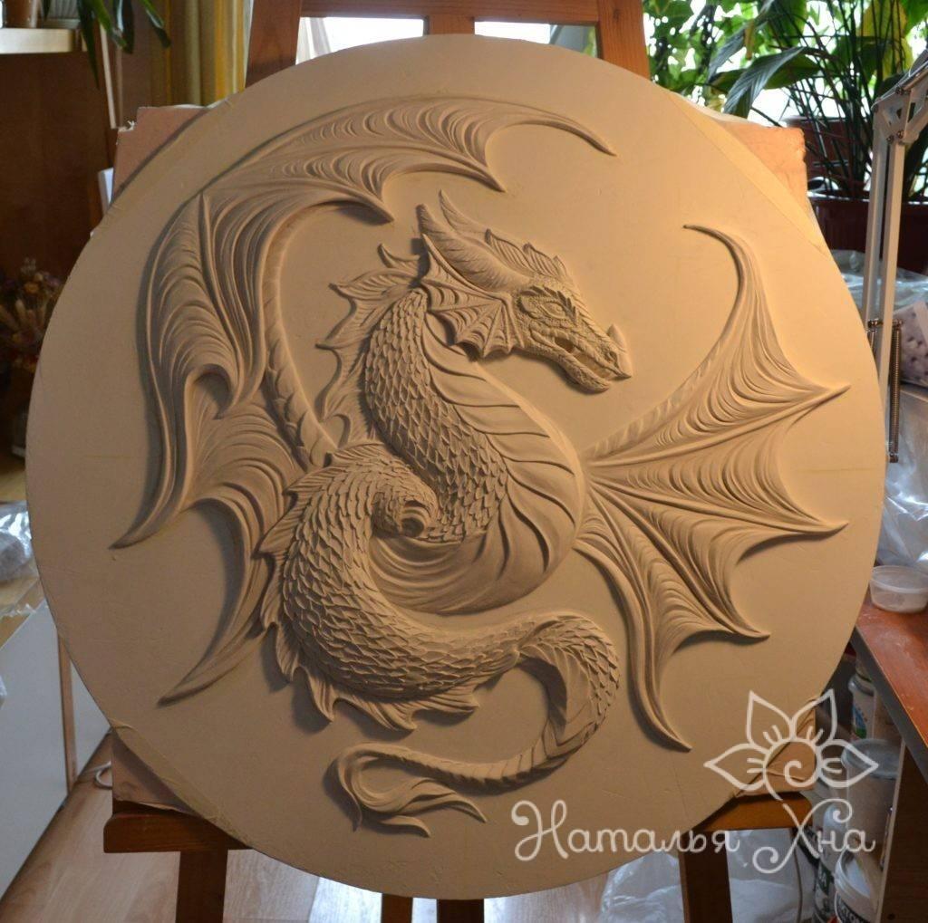 Гипсовое панно дракон