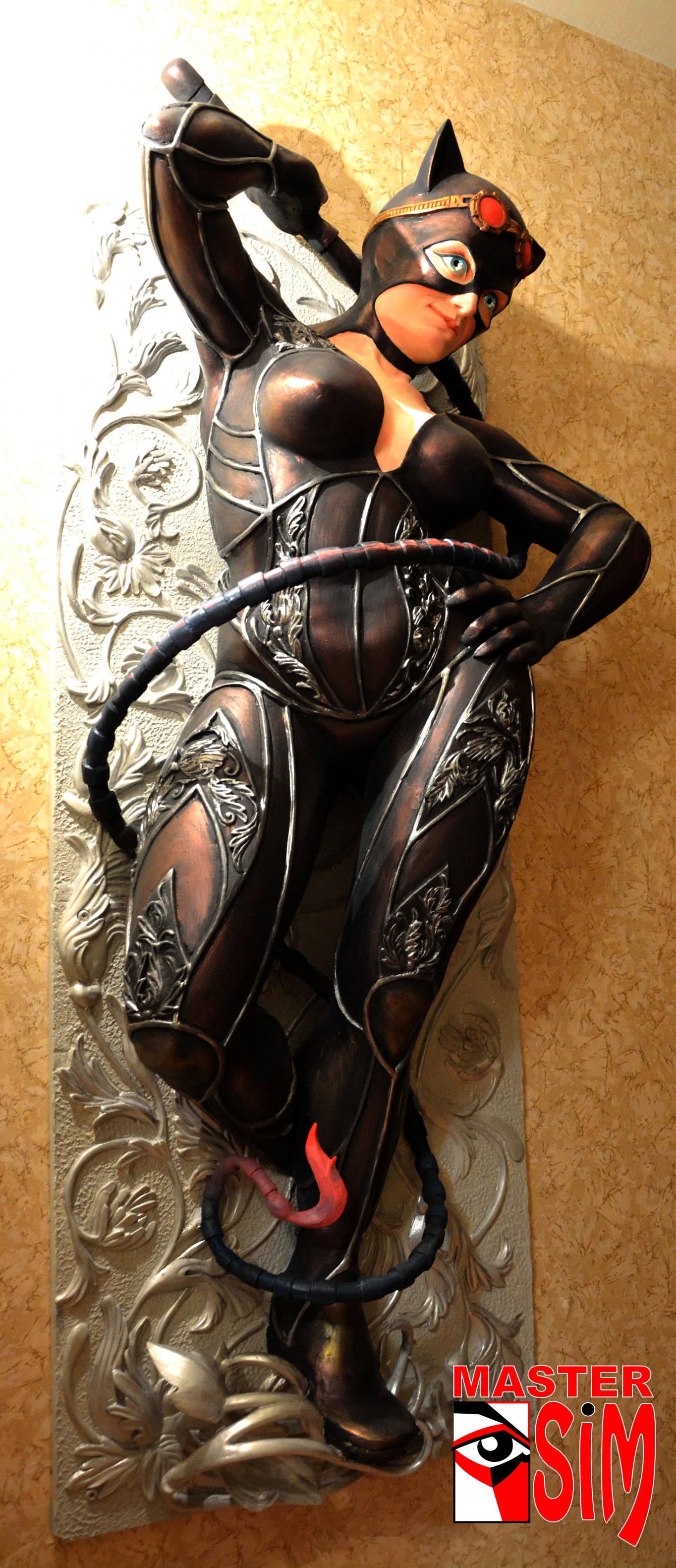 Барельеф (горельеф) Женщина Кошка Санкт Петербург.