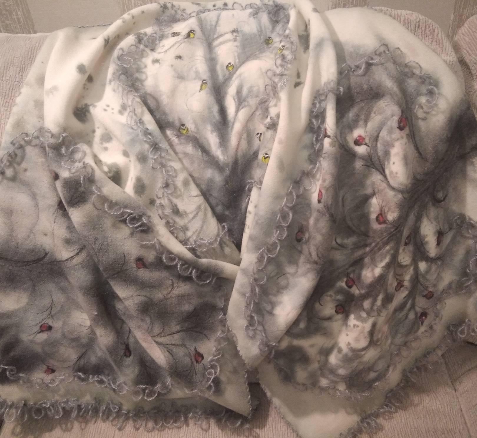 """Шарф из 100% шерсти (150х50см) с вышивкой мохеровой нитью """"Зимняя сказка"""""""