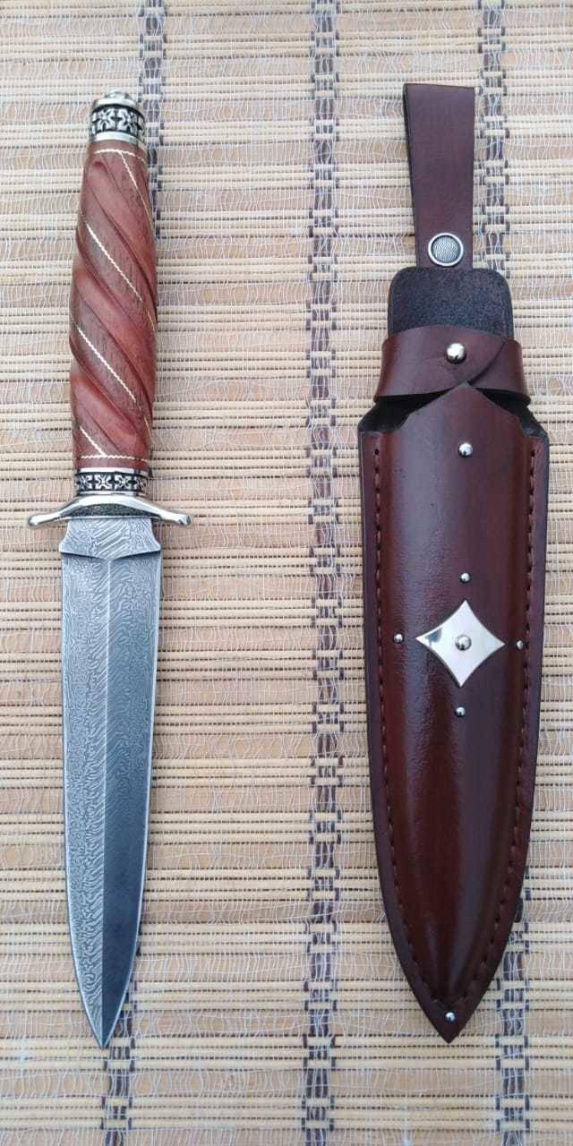 """Нож """"Рыцарь чести""""."""