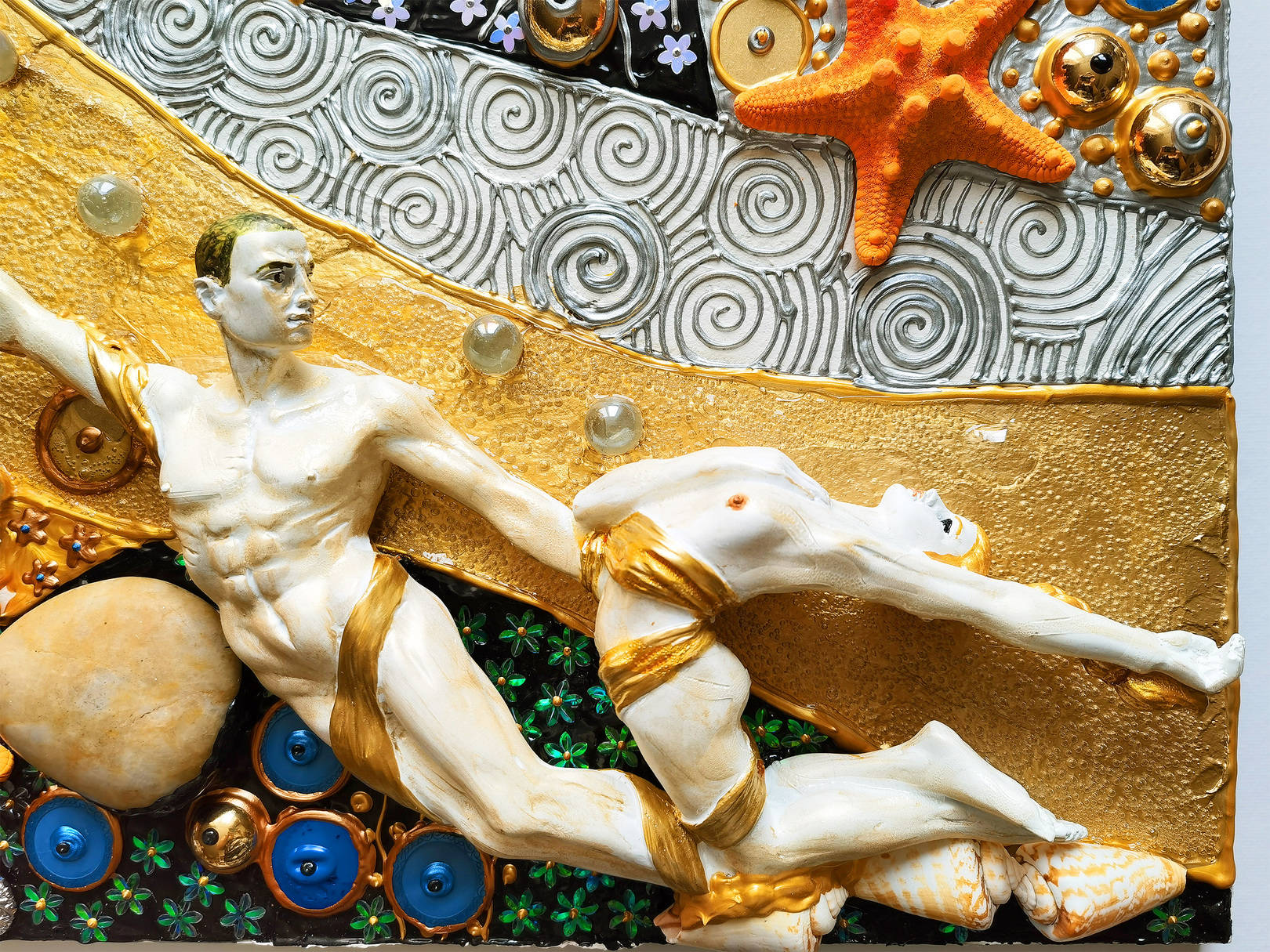 Русалки - скульптурная картина