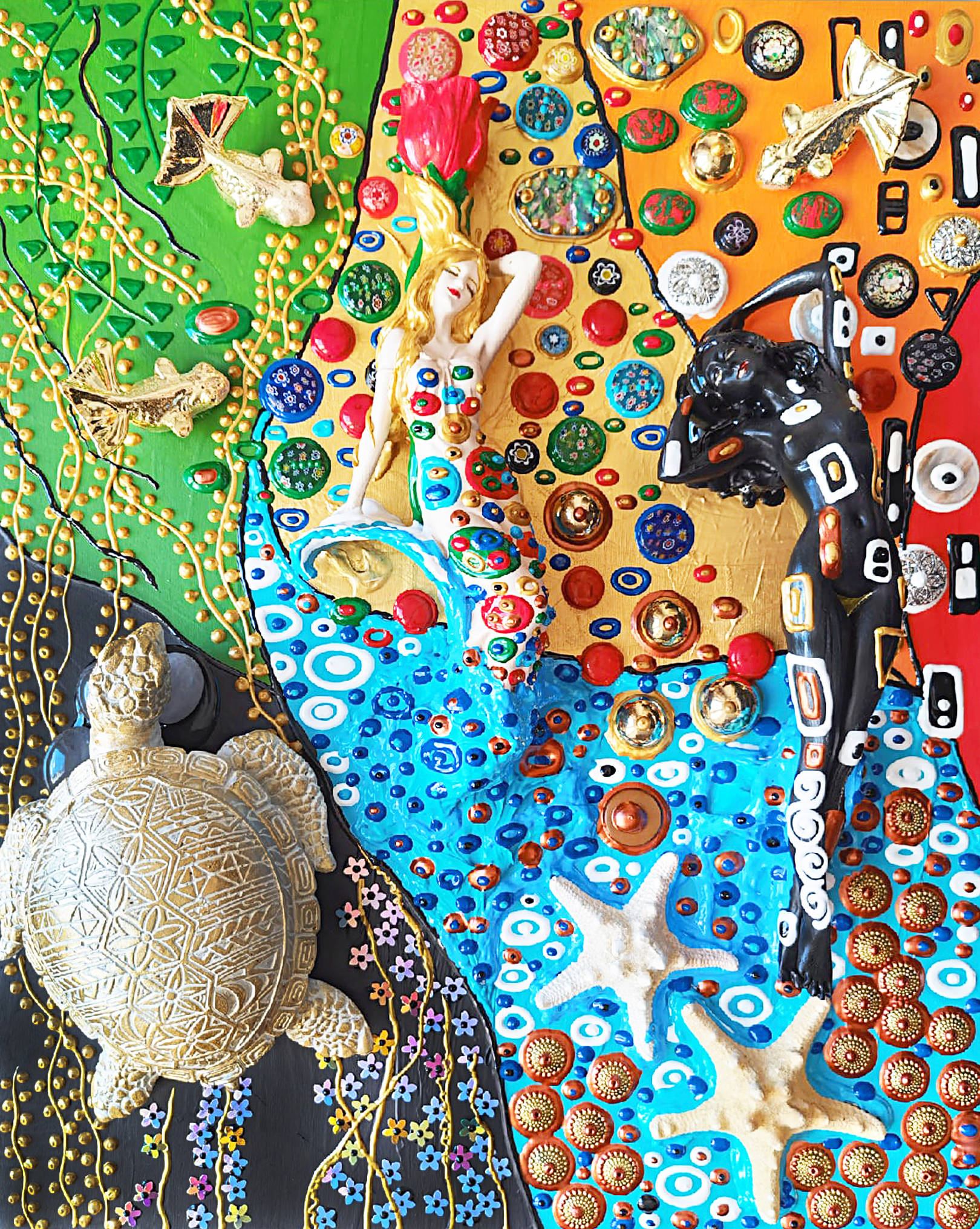 Акрил, деревянная панель, Муранское стекло, красный коралл, варисцит, розовый кварц, галиотис, фарфор, гипс, пластик, металл, декоративные элементы, текстура