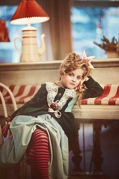 Photographer Ekaterina Efremova  HairStyle: Tanya Gerasimenko  Fashion designer Anastasia Kurbatova
