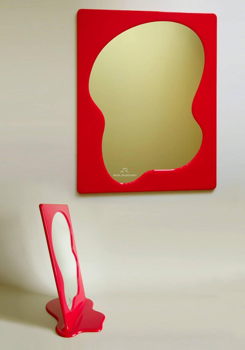 Зеркальное полотно, пластик.
