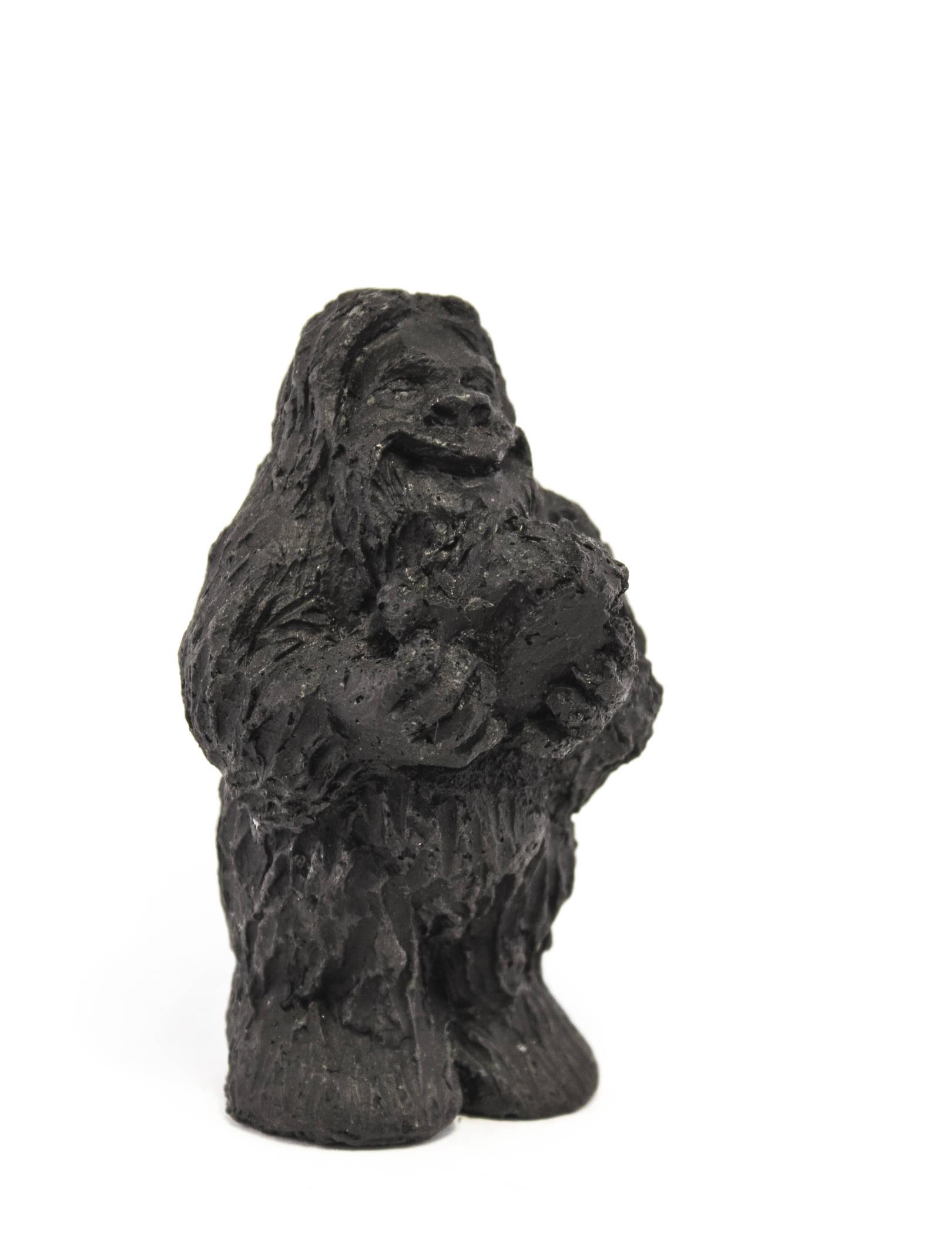 Йети - истинный первооткрыватель Кузбасского угля) Высота 9 см Материал - уголь