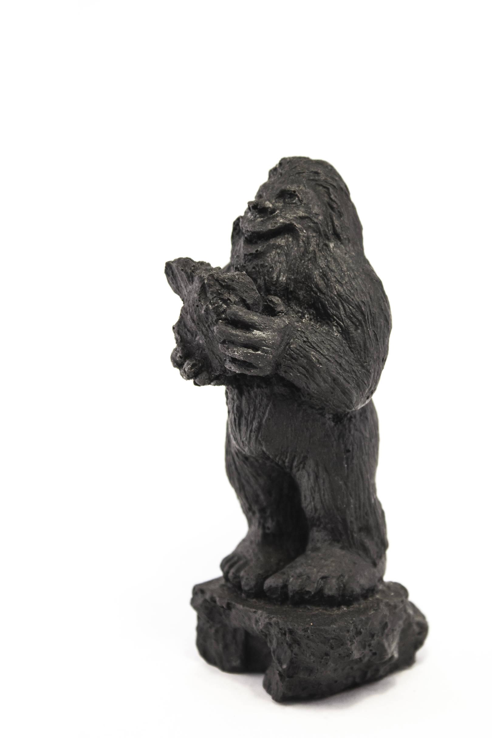 Йети Волков. Высота 13,5 см Материал - уголь
