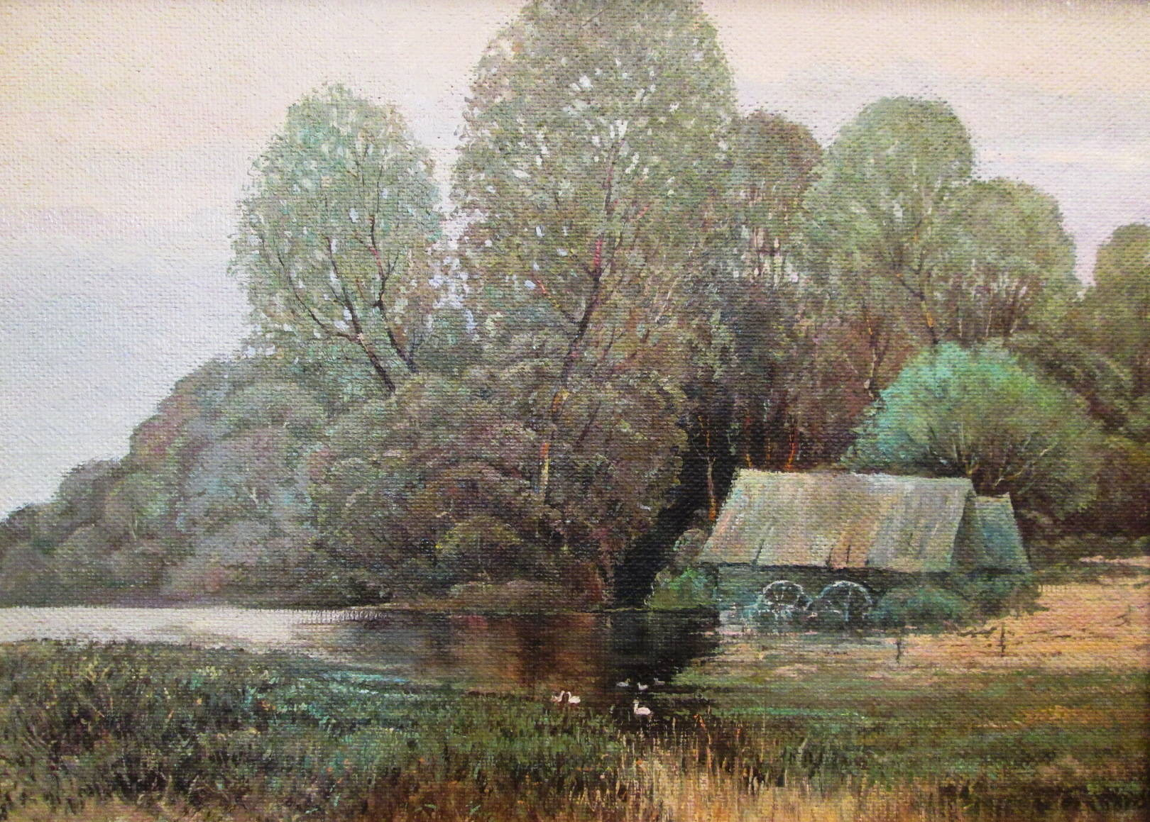 Домик на пруду