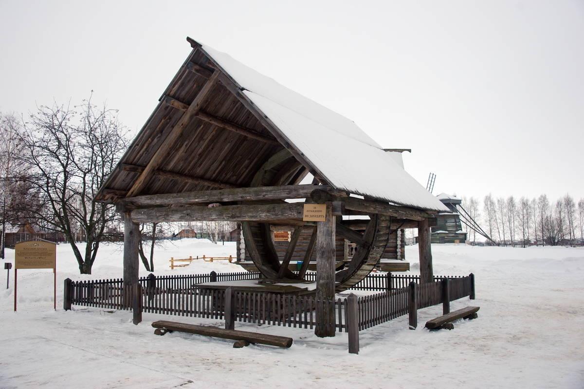 Колесный колодец из села Кольцова середина 19 века