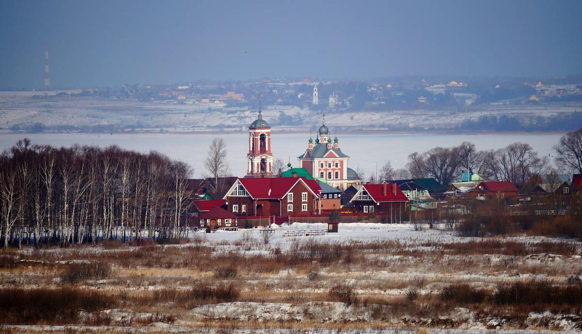 Переславль-Залесский с видом на Плещеево озеро
