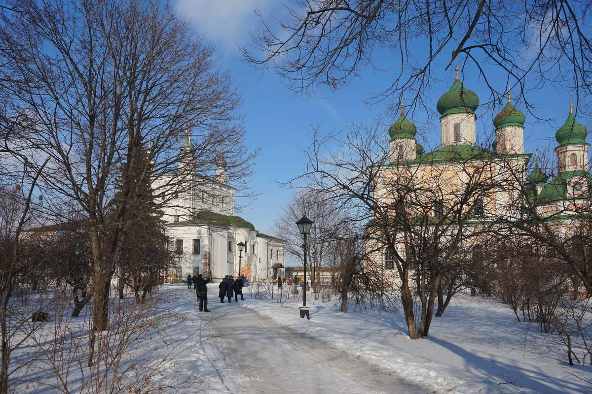 Горицкий монастырь собор Успения Пресвятой Богородицы и церковь Всех Святых с Трапезной палатой
