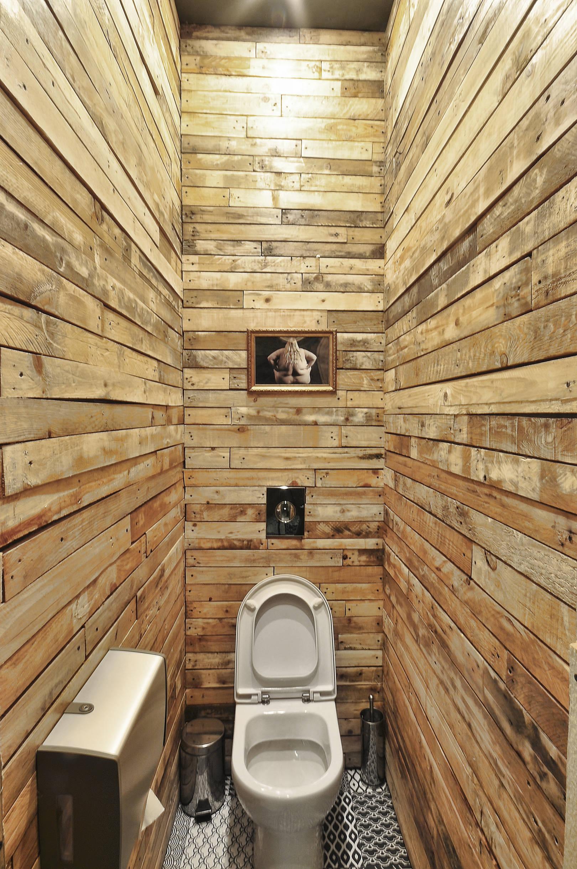 FABRIKAKUHNI Дизайн интерьера ALLARTSDESIGN туалет из досок