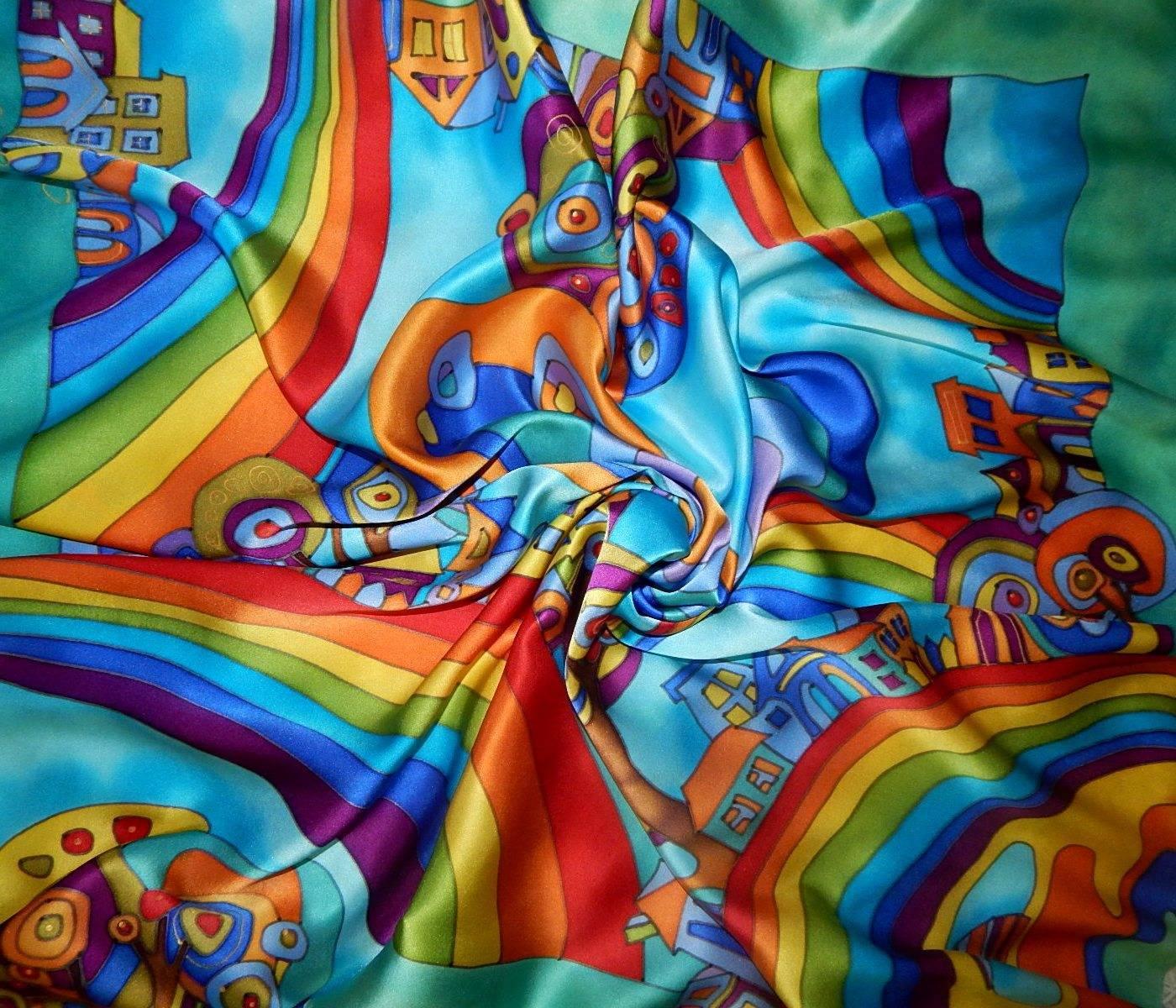 """Платок атласный из серии """"Город радуг"""" с полосой цвета мяты по периметру выполнен в технике """"холодный батик"""" Яркие, насыщенные, сочные, радостные, позитивные оттенки в цветовой гамме изделия непременно подчеркнут Вашу индивидуальность и придадут образу яркости! А струящийся нежный шелк - атлас придадут женственности и неповторимости!"""