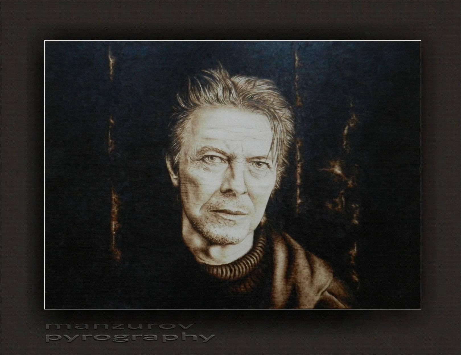 David Bowie. Пирография, березовая фанера, матовый лак. Размер 50х36см