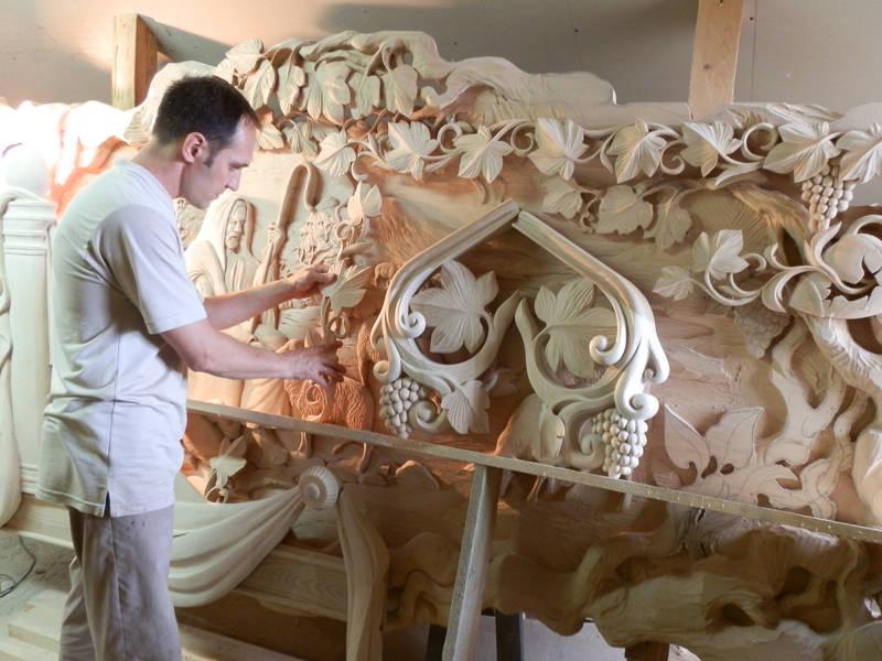 Творческая мастерская художественной резьбы по дереву Носикова Петра