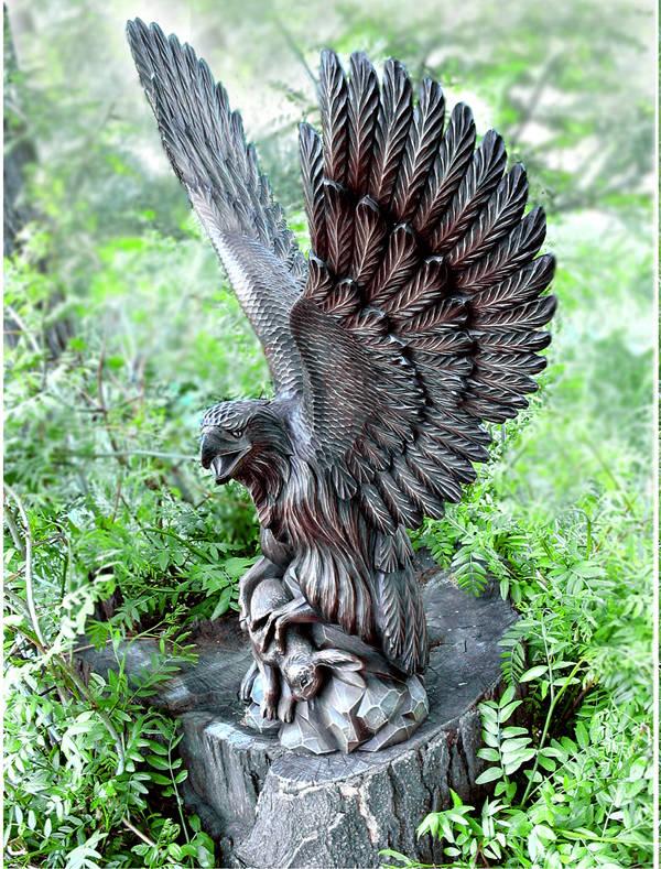 скульптура орёл