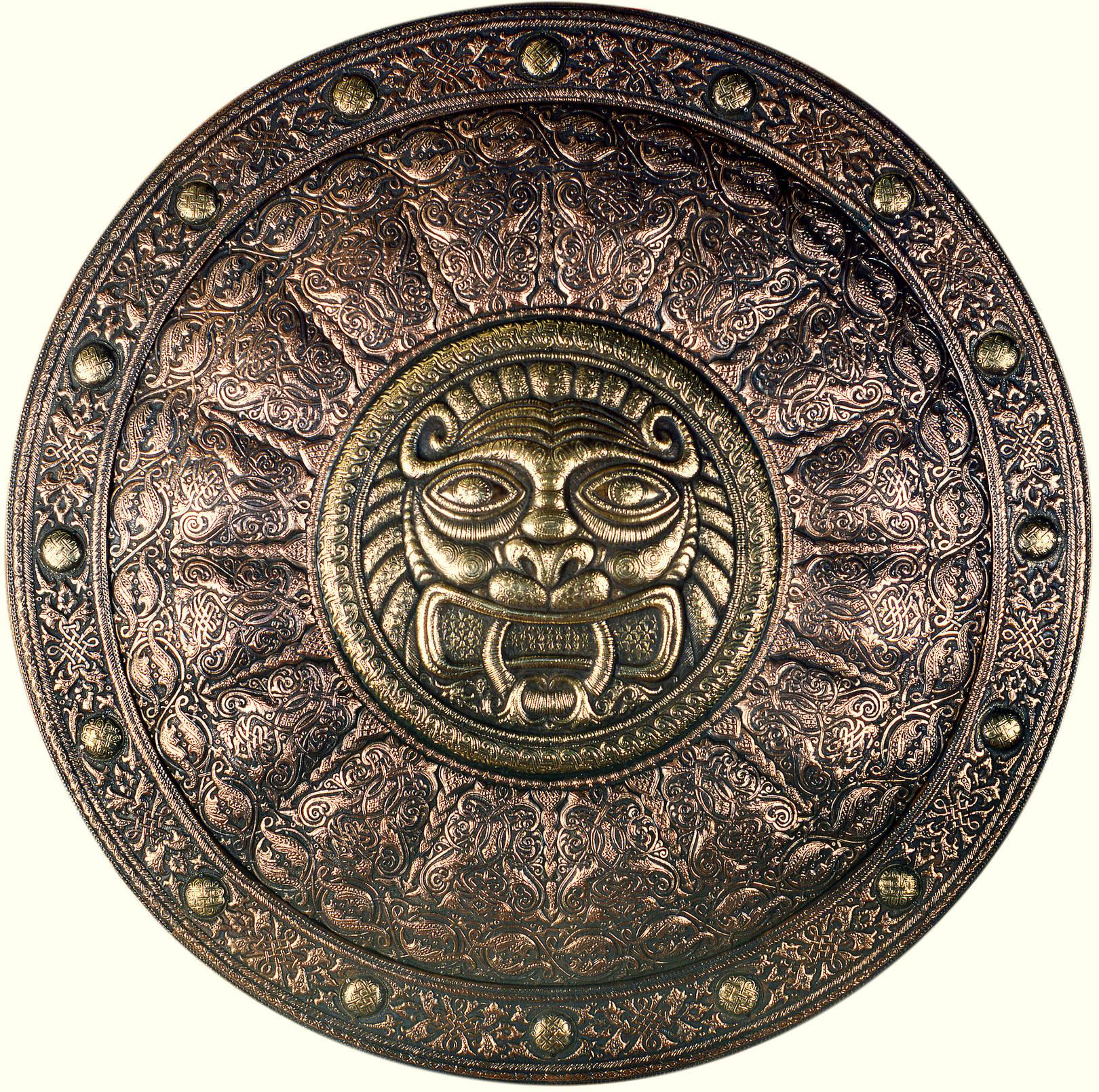 Древнерусский (декоративный щит) 1992 г. Медь, латунь; чернение 61 х61 см